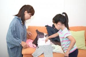 衣替えの時にお子さんと一緒に服の整理も