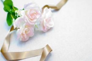 母の日にはこんな可愛いバラでも素敵!
